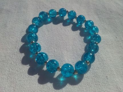 Beautiful Blue Crackle Glass Stretch Bracelet advertised on Gumtree - $5