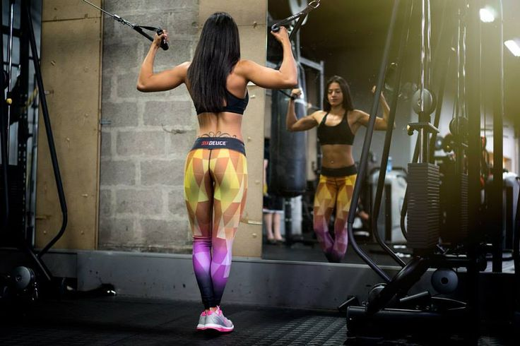 Jessica Radix wearing Nefertari Six Deuce leggings during her workout. Amazing picture!