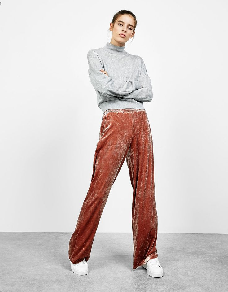 Bershka Turkey - Wide cut velvet trousers