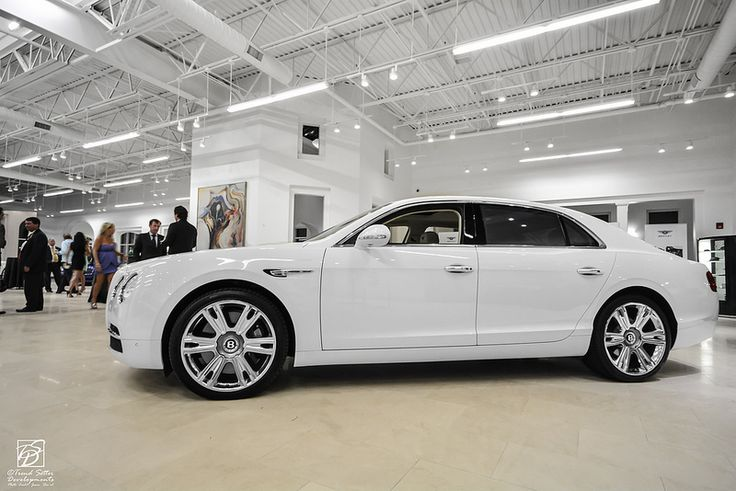 2014 Spurr in White. Why don't I have one!!