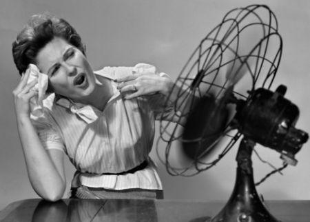 Le vampate di calore possono essere peggiorate dalla caffeina