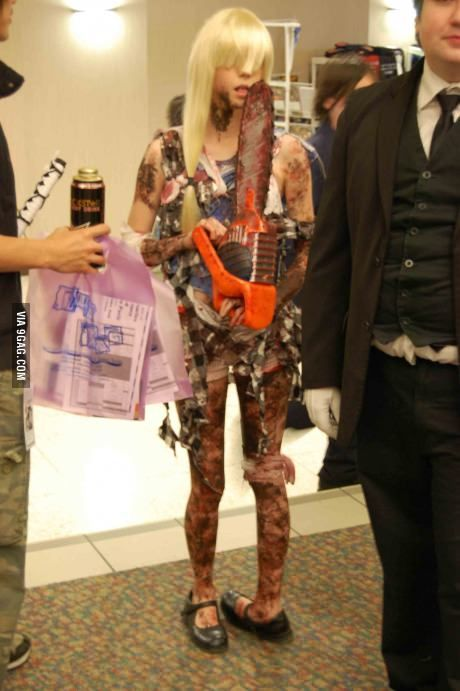 Girl turns birth defect into Zombie Cosplay.  Most ingenious and original cosplay I've ever seen!