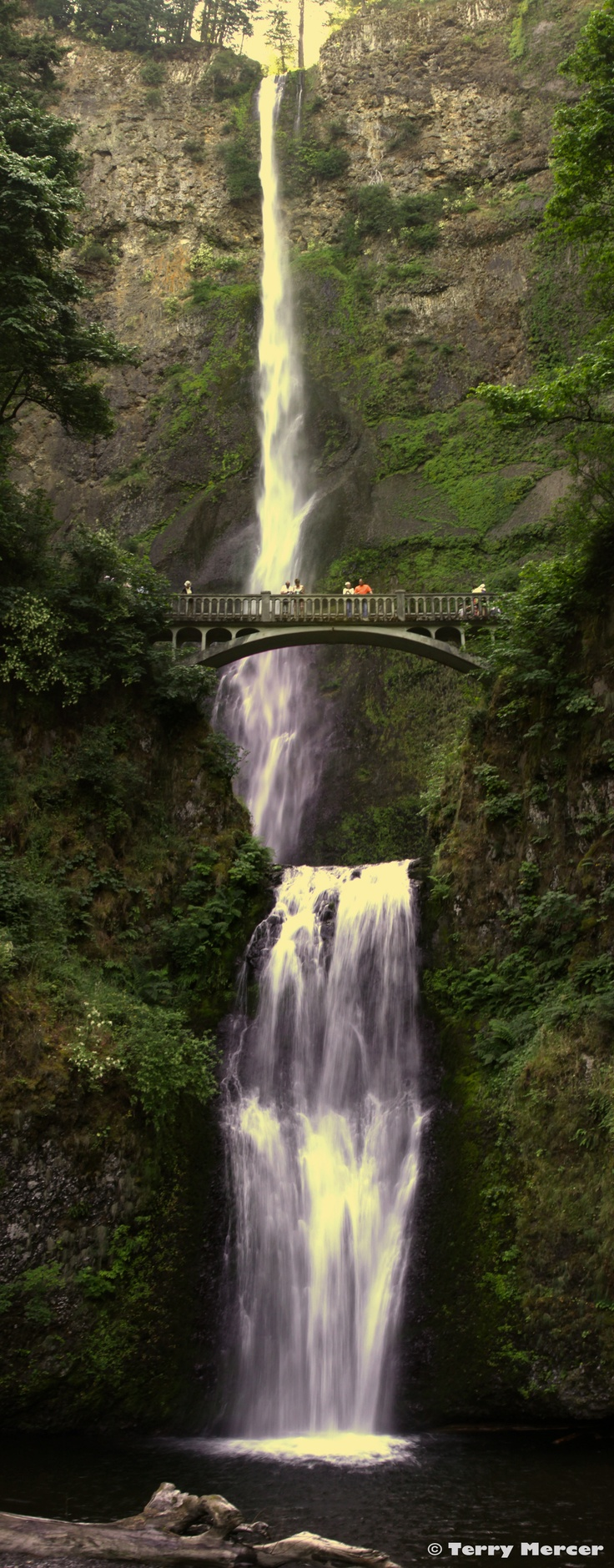 Multnomha Falls, Oregon i have a pic just like this with my bro mike from 2001. time to do it again.