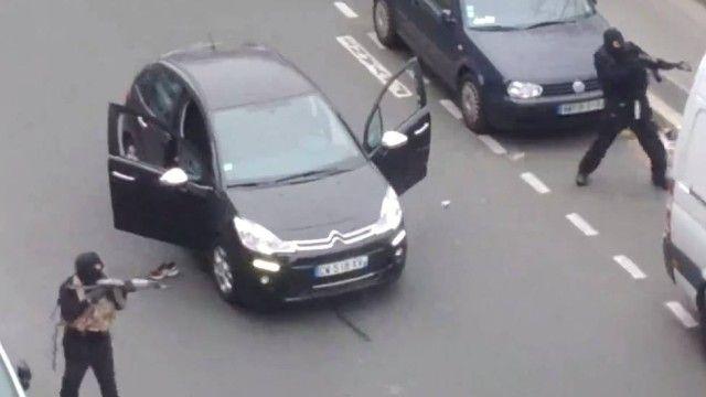 Homens nas imagens seriam os mesmos que atacaram a sede da revista Charlie Hebdo, na manhã desta quarta-feira