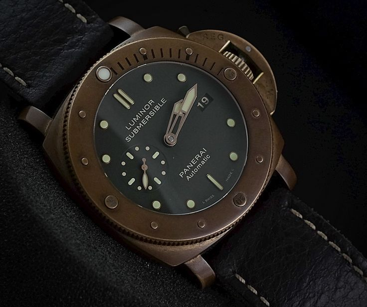 FOR SALE :  PANERAI LUMINOR SUBMERSIBLE BRONZO PAM382 (PREOWNED - LIMITED 0F 1000PCS) COLLECTIBLE ITEM   WE ARE BASED AT JAKARTA please contact us for any inquiry : whatsapp : +6285723925777 blackberry pin : 2bf5e6b9  #WATCH #WATCHES #PANERAI