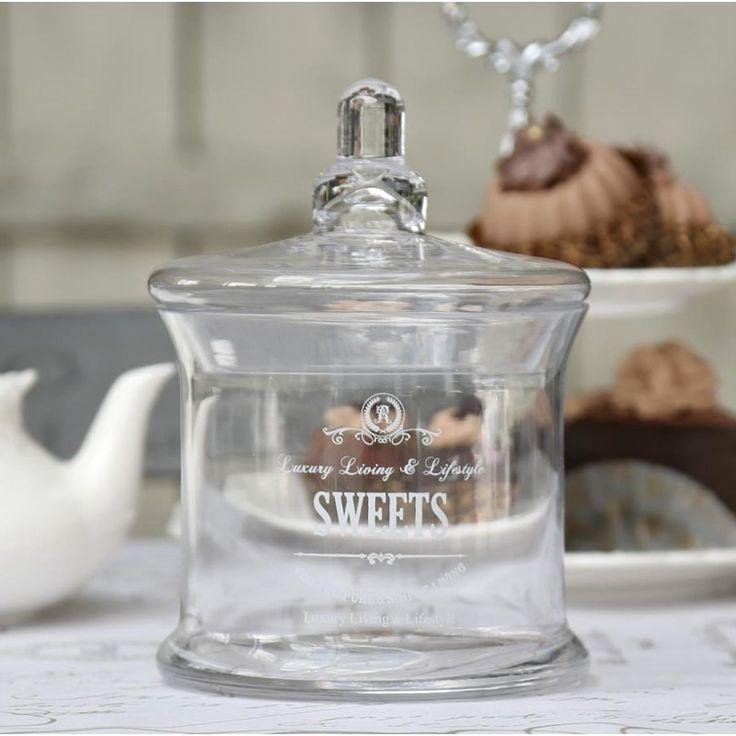 szklany pojemnik z przykrywką na słodycze  #jar #decoration #homedecor #glass #sweets