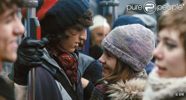 Antonin Chalon et Nina Rodriguez dans No et moi de Zabou Breitman