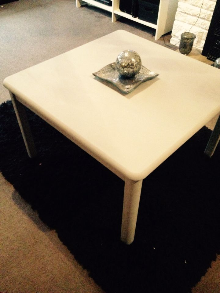 Pine table painted in grey chalk paint.