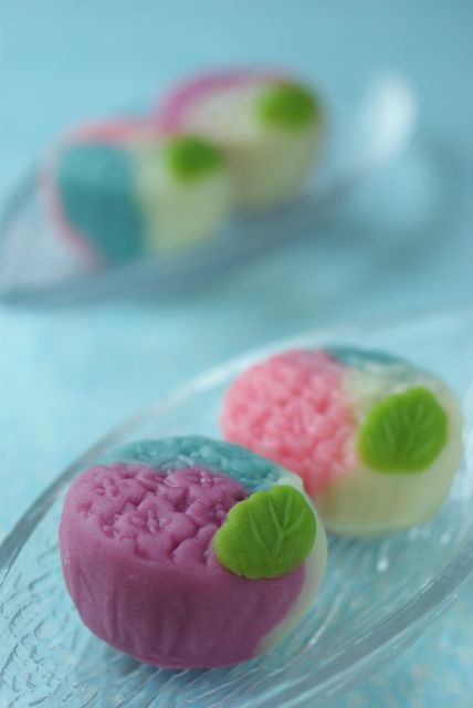 Hydrangeas in the rain - Japanese sweets (Wagashi)