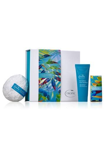 A Walk on the Beach Foot Collection - Cocoon tired, aching feet with our 3-step polish and repair collection.  Our fizzy, peppermint soak prepares your feet for exfoliating sands of Bora Bora and cleansing volcanic ash of Tahiti to remove rough areas of skin & our luxurious foot cream softens and repairs your feet.  Collection contains Ocean Fizz Foot Soak - 100g; Polish Pebble - 280g and Repairing Foot Remedy - 80ml - All this - just £26.00…