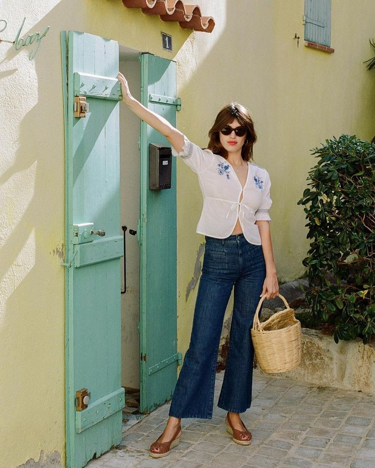 jeanne damas - Monday