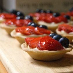 Berry tartlets by Cutsquash