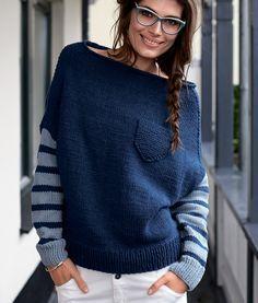 Пуловер с полосатыми рукавами и нагрудным кармашком