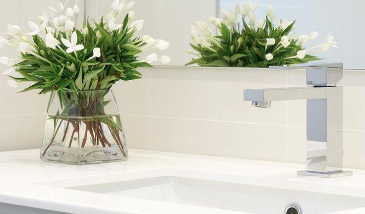 Bathroom tile between mirror and benchtop