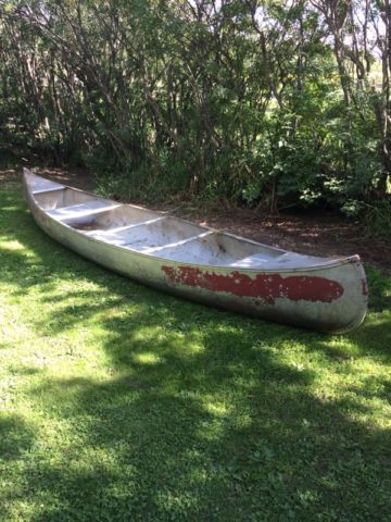 Aluminum canoe | fishing, camping, outdoors | Red Deer | Kijiji