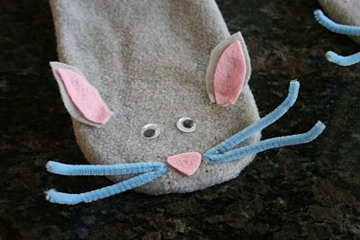 Mouse sock puppet craft for If You Give a Moose a Muffin (moose makes one for his puppet show)