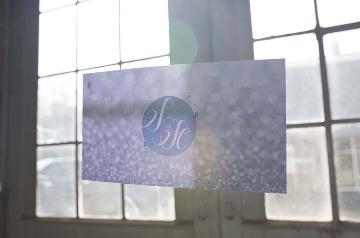 Bruiloft logo ontwerp, banner, menukaarten, save the date etc.