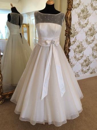 Wedding dresses second hand surrey