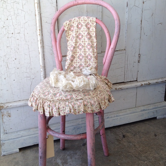 262 best images about Shabby Chic on Pinterest Antiques, Shabby and Chairs