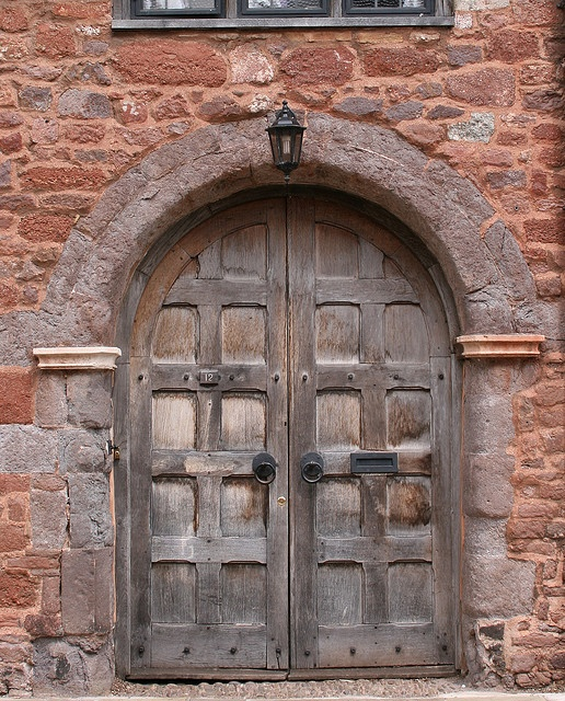 Door in Exeter - walked past it a million of times and never taken a photo...