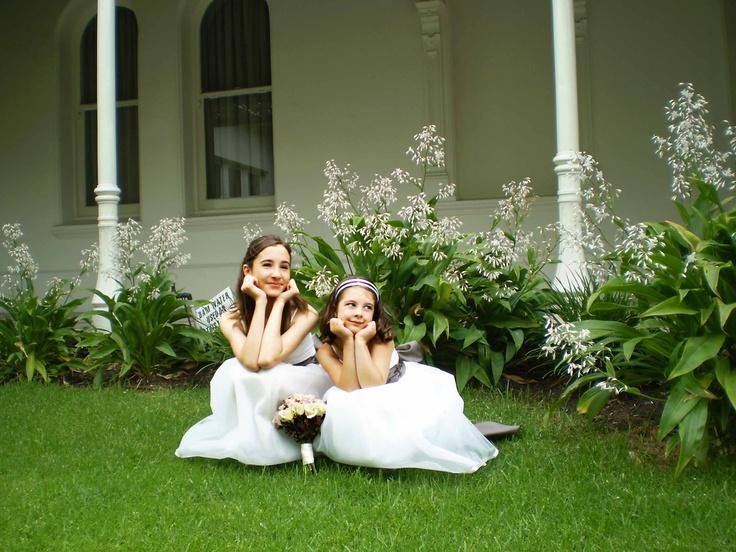 Sweet looking flowergirls