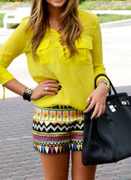 Love the printed shorts and the yellow top. Would have preferred a cobalt blue Birkin though.