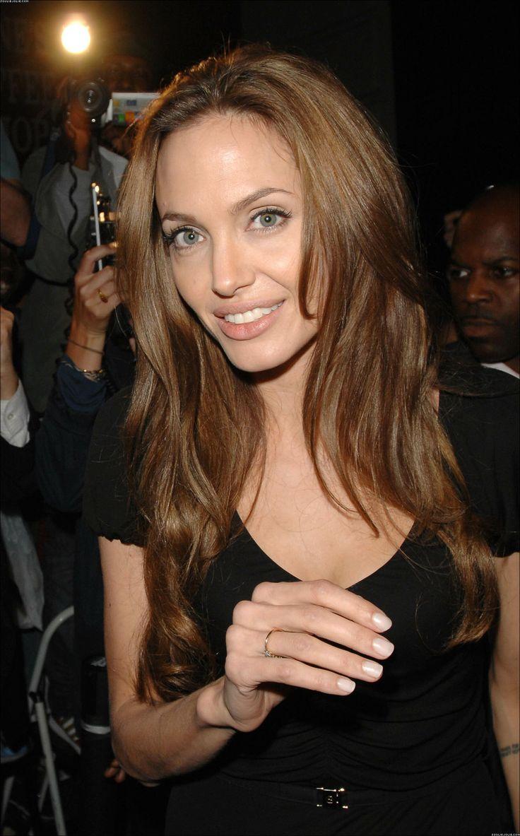 Best 25 Angelina Jolie Hairstyles Ideas On Pinterest