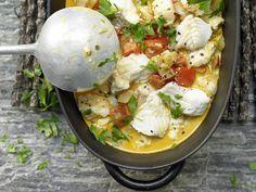 Steinbeißergulasch - mit Zwiebeln und Paprika - smarter - Kalorien: 387 Kcal - Zeit: 40 Min. | eatsmarter.de Gulasch mit Steinbeißer – eine gute Idee!