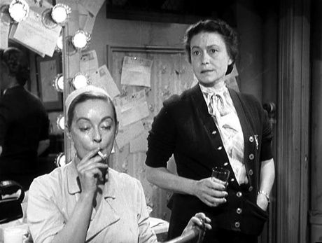 All about Eve.  Thelma Ritter defines the term character actor. Always great.  What a film. There were no small parts and no small actors.  JC