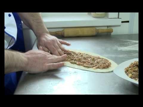 Обалденный турок повар, учит нас готовить люля-кебаб, салаты, шашлык....весело получилось:)