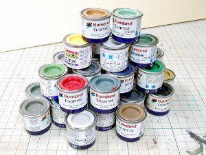 Peinture pour modèles réduits à coller : Boutique Hobby La Boîte à Surprises de Nicolas a plusieurs couleurs en inventaire. Seulement 1.99$ l'unité, Humbrol Paint.