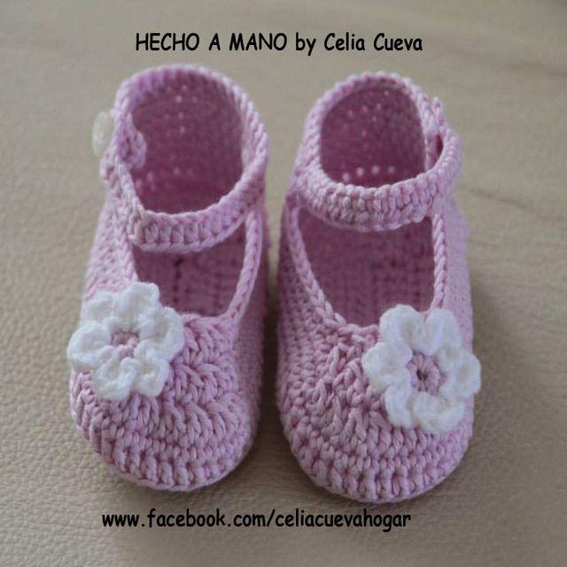 67 best Zapatos para bebés a crochet images on Pinterest   Para ...
