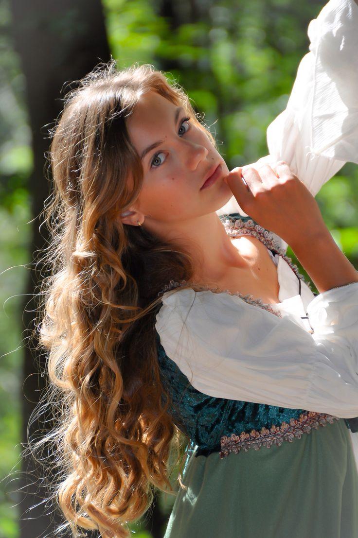 Lilian Fotoshooting Burgruine Werdenfels