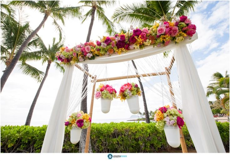 Wedding Flowers On Oahu : Wedding photos at lanikuhonua hawaii