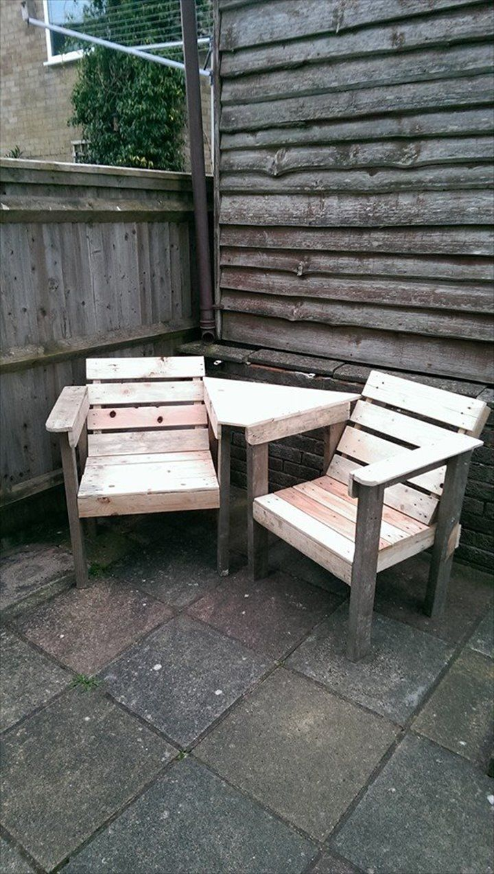 Diy pallet sofa with table 99 pallets -  Pallet Chair Bench 12 Diy Creative Wood Pallet Ideas 99 Pallets