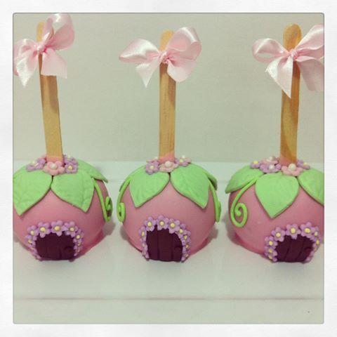 Maçãs decoradas fadas festa jardim das fadas  #maca #macasdecoradas #fadas…