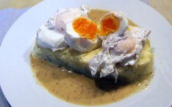 Verlorene Eier mit einer Senfsoße nach Alfons Schuhbeck
