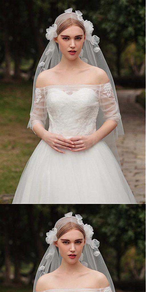 Fashionable Tulle Short Wedding Veil With Flowers Wv0120 Wedding