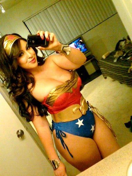 Wonder woman milf
