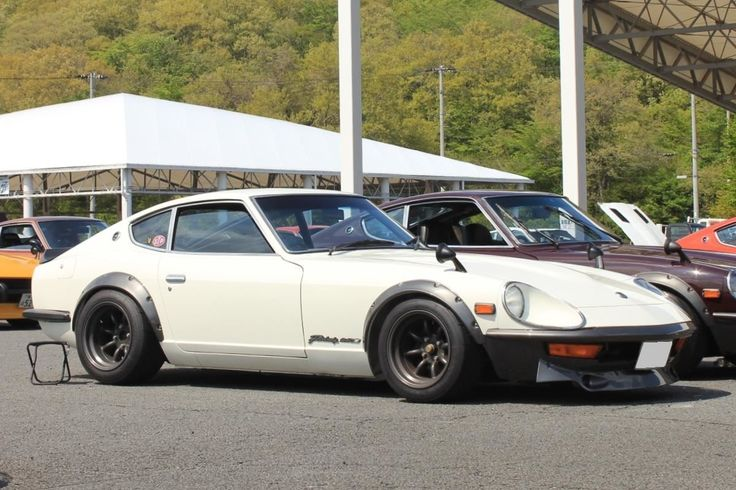 G-NOSE S30ZG Fairlady Z, flared on bronze RS Watanabes..