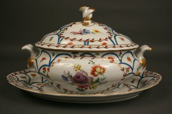 Soup tureen, cover and stand French Paris Royal  Дерби 1796-1801 (made)
