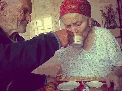 Café da manhã com a esposa - Crônica