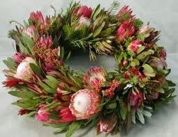 How about a beautiful wreath made of proteas and their leaves this Christmas?