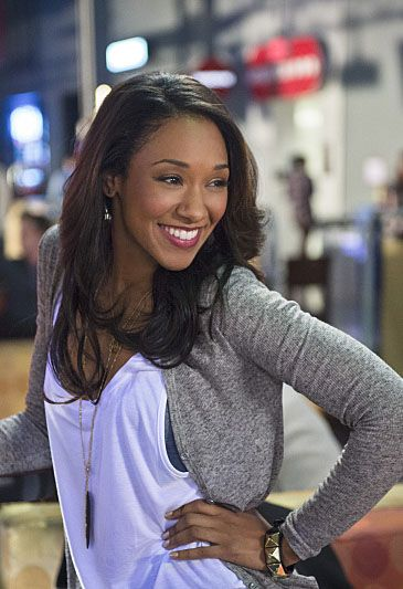 The Flash - Out of Time - Iris West. I love the way she dresses, and I have yet to see her wear jewelry I don't like!