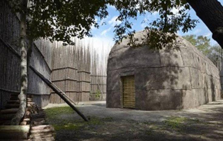 Maison longue Ekionkiestha' - Tourisme Wendake