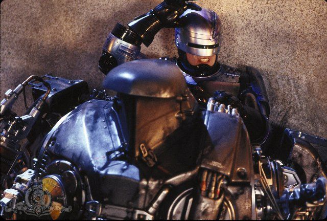 On The Offensive: Robocop 2