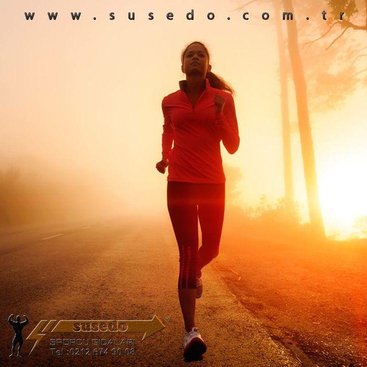 Koş..! Daha Uzağa Koş..!  #susedo #susedosporcubesinleri #spor #kahvalti #saglik #meyve #vitamin #saglikliyasam #enerji #fitness #gym #beslenme #morning #fit #jimnastik #ısınmahareketleri #hareket #egzersiz