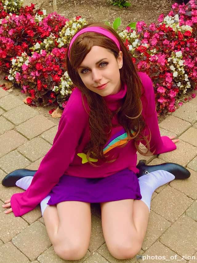 sexy mabel pines