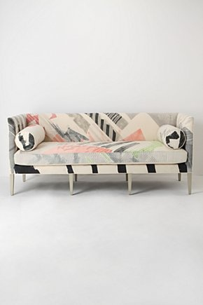 ...does not find light colored sofas challenging to keep clean.