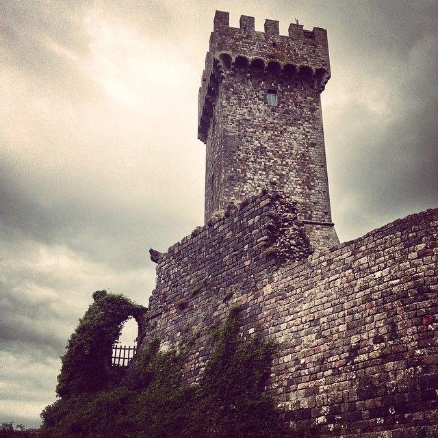 Torre della fortezza - Radicofani | #siena #valdorcia #toscana #italia #tuscany #italy